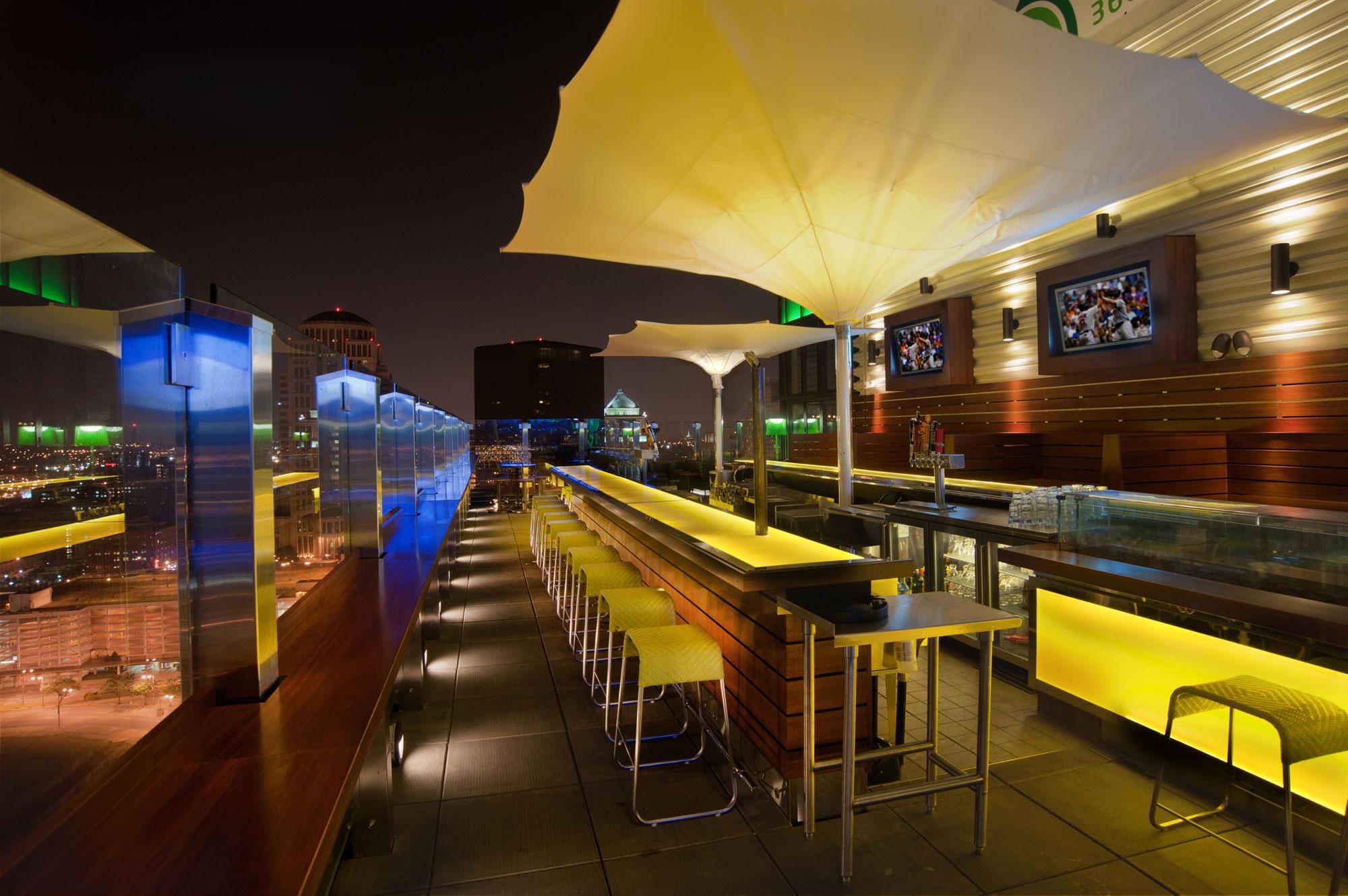 St Louis Rooftop Bar Bar 360 Paric General
