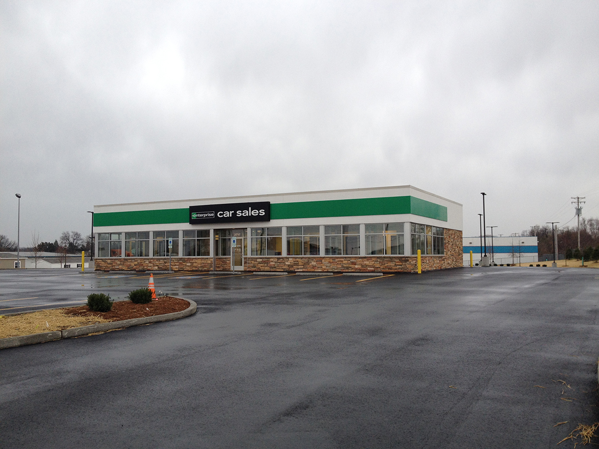 PARIC Construction Company completed the retail facility for the Enterprise space located in St. Charles, MO